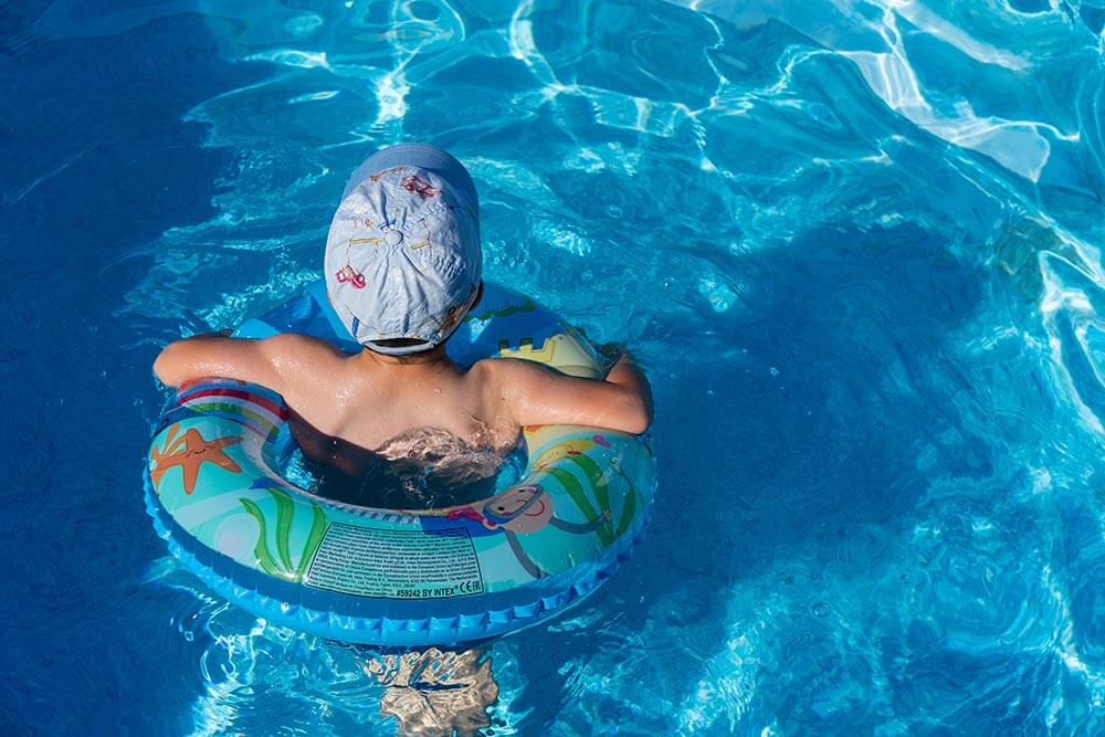 What You Need to Know Before You Take Your Baby to a Hotel Pool